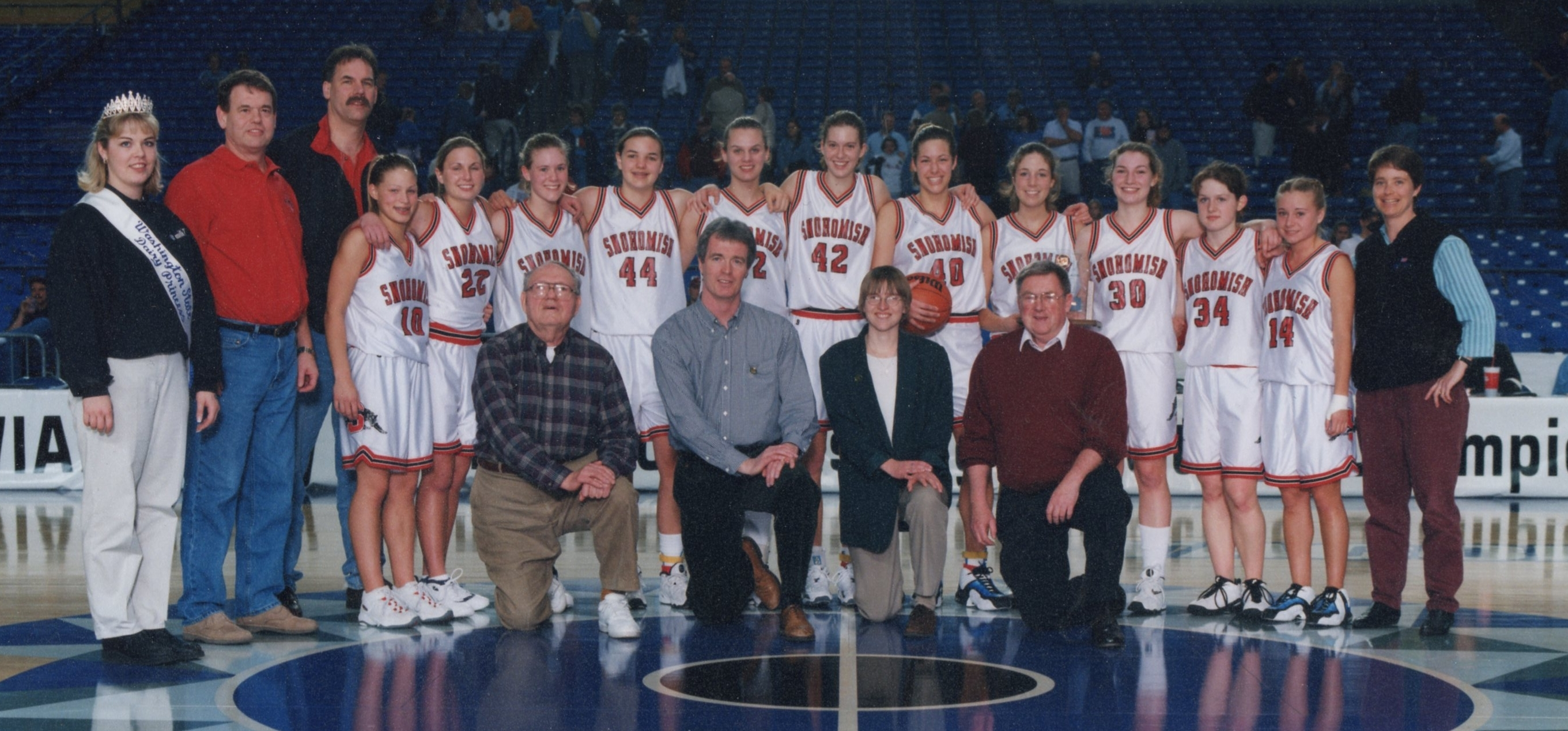 1999-2000 SHS girls (WIAA photo)